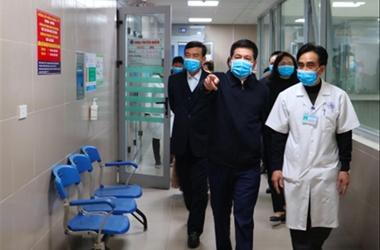 Thêm 2 người về từ vùng dịch corona nhập viện ở Thái Bình