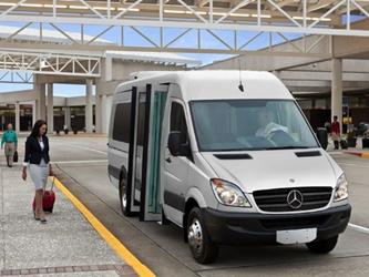 xe đưa đón sân bay sài gòn - cho thuê xe đưa đón sân bay tân sơn nhất sài gòn